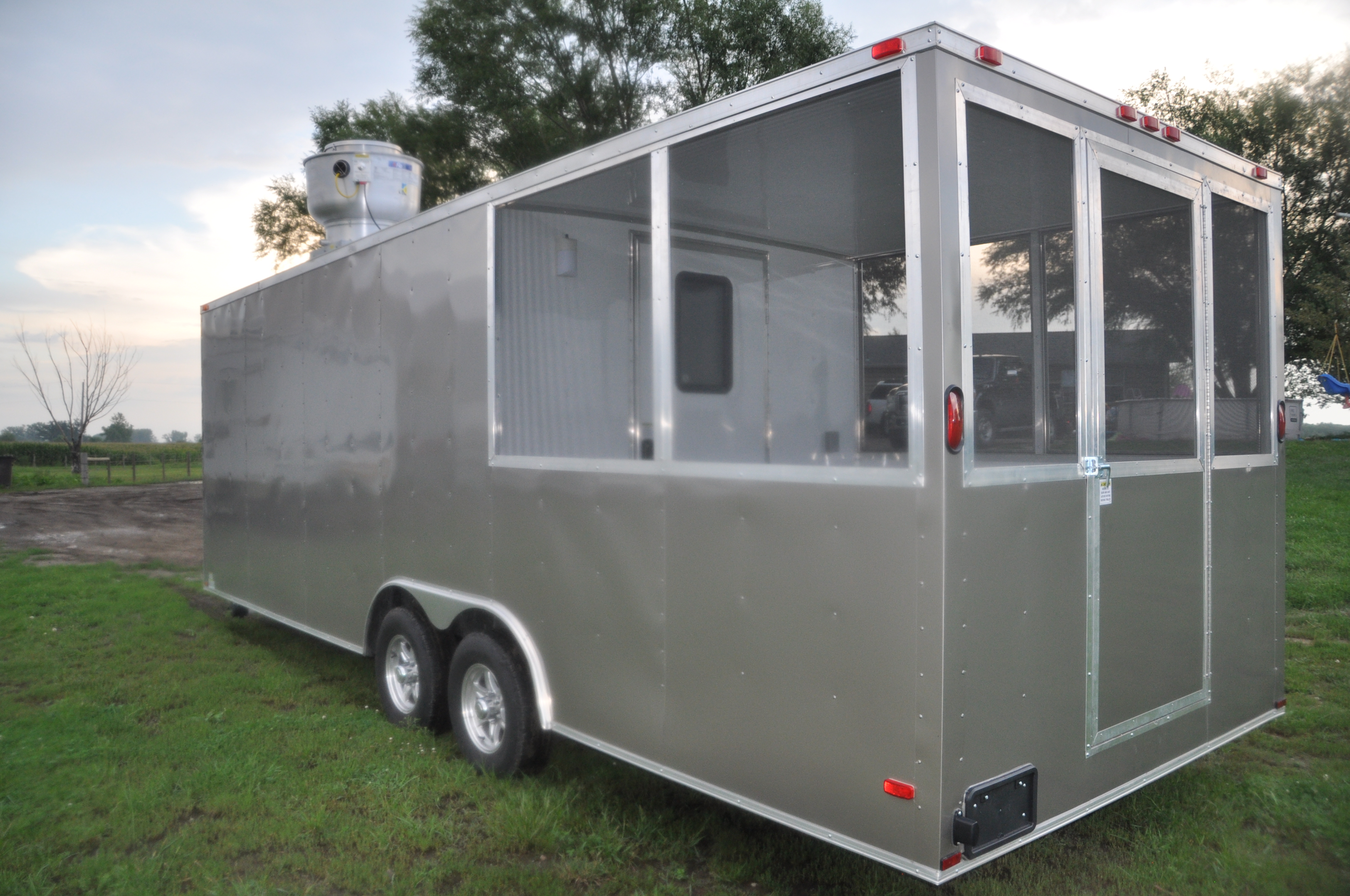 Concession Trailer With Screened Porch Trailer Id D1969c